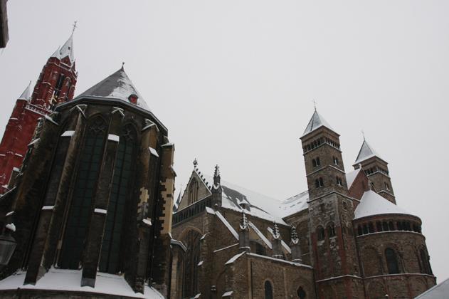Maastricht in de sneeuw
