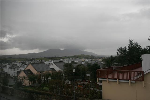 Uitzicht van de B&B in Westport, op de berg Croagh Patrick (c) jcdv 2007